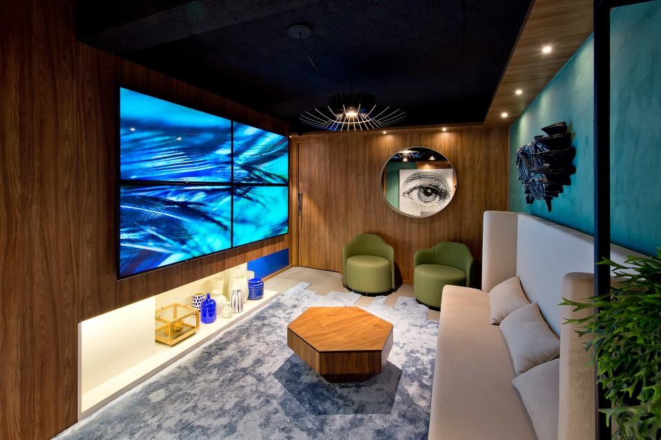 Galeria Lounge AVEX 6